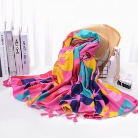 女外搭防晒披肩春秋超大沙滩巾薄款两用海边纱巾百搭