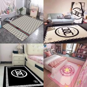 卧室床边客厅地毯