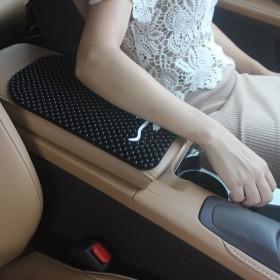 汽车扶手箱垫中央扶手箱套3D硅胶按摩垫车载车用手扶