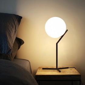 床头柜灯卧室台灯创意浪漫个性简约现代北欧风