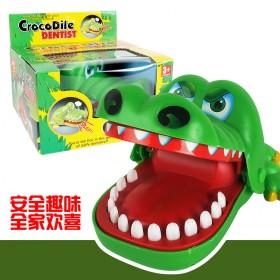 儿童亲子玩具咬手指的大嘴巴鳄鱼鲨鱼拔牙整蛊抖音热门