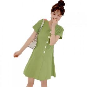 牛油果绿连衣裙v领a字新款夏甜美小个子裙子小清新