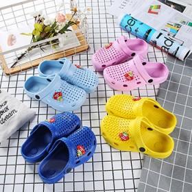 儿童洞洞凉鞋夏季新款男童休闲沙滩鞋防滑包头家居拖鞋
