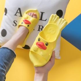 新款2019卡通拖鞋儿童夏时尚个性男童防滑可爱凉鞋