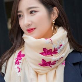 秋冬新款民族风围巾女刺绣花朵棉麻丝巾披肩长款