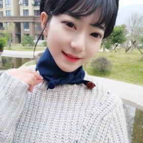 韩国东大门2019秋冬纯色百搭可爱毛球围巾