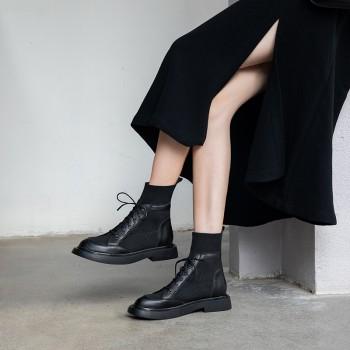 早秋马丁靴女杨幂同款英伦风显脚小六孔粗跟短靴