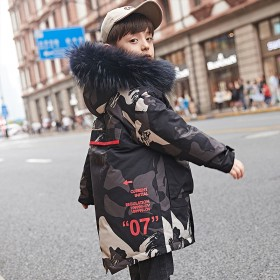 男童迷彩加厚外套羽绒服2019冬季新款
