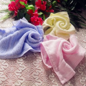 4条装竹纤维儿童方巾竹炭婴儿洗脸宝宝幼儿园小毛巾