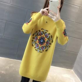 秋冬毛衣裙2019新款中长款圆领女外套针织连衣裙