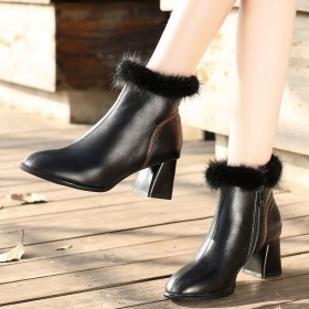 粗跟短靴女2019新款秋冬女鞋真皮鞋百搭黑色高跟鞋