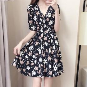 夏季女裝韓版收腰碎花連衣裙女短袖女生修身沙灘裙子