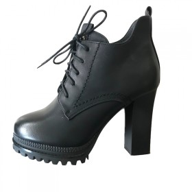 粗跟短靴厚底系带短筒马丁靴