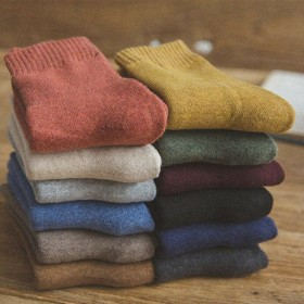 袜子女冬韩版加厚加绒保暖袜地板袜中筒袜女长袜秋冬季