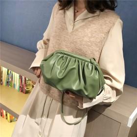 云朵包2019冬季新款手拿包單肩包大容量女軟皮小包