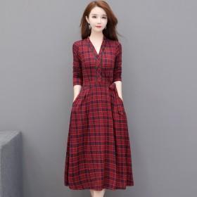 格子连衣裙2019新款显瘦洋气收腰流行贵妇人大摆裙
