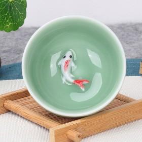 1个青瓷个人茶杯鱼杯