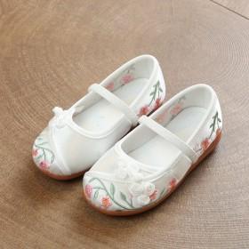 新品超纤特色鞋传统中式儿童女鞋时尚透气传统布鞋