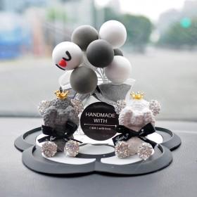 汽车摆件告白气球车内可爱创意泰迪熊仪表台车载装饰品