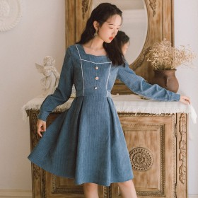 法式桔梗长袖连衣裙女韩版学生中长款收腰显瘦气质方领