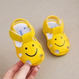夏季叫叫鞋女宝宝凉鞋幼童学步鞋软底小熊笑脸小童男