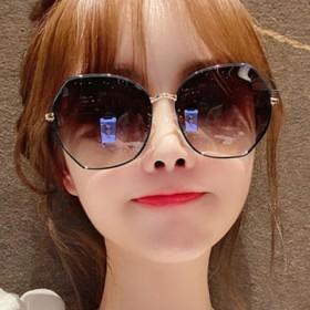 偏光太阳镜女士防紫外线时尚韩版学生圆脸墨镜潮明星网