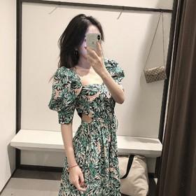 小碎花短袖连衣裙女法式气质泫雅风智熏法式桔梗中长裙