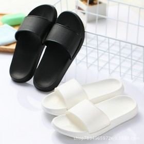 防滑情侣浴室软底拖鞋洗澡室内家用厚底凉拖