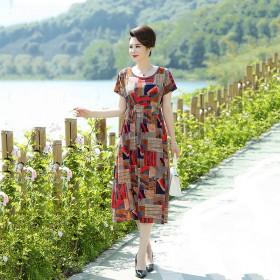 中老年妈妈夏装连衣裙2020新款显瘦百搭遮肚中长款