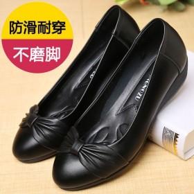 老婆鞋妈妈鞋夏季中老年软皮软底优雅时尚女鞋