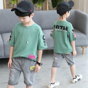 中大童男孩字母印花短袖T牛仔裤两件套