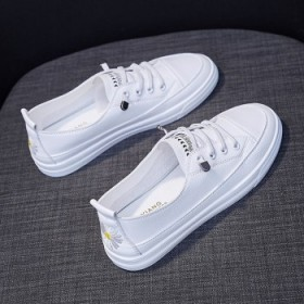 一脚蹬小白鞋女鞋夏网鞋平底透气休闲单鞋女学生韩版