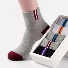 厂家直销地摊袜子男士运动袜子中筒批发透气男袜学