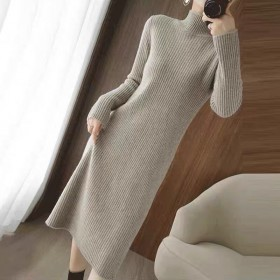 2021春季新款中长款宽松显瘦过膝打底针织连衣裙