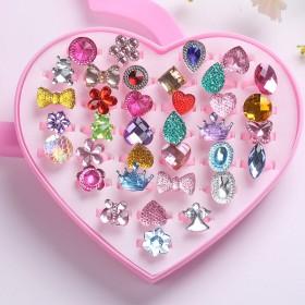 新款儿童戒指卡环卡通可爱宝宝公主首饰水晶宝石钻石女