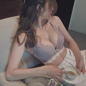 小胸聚拢无钢圈内衣女调整型收副乳防下垂bra加厚