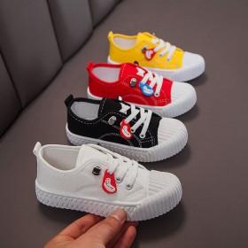 2021年春秋季儿童休闲帆布鞋小白鞋时尚百搭配中小