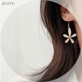 S925银耳钩韩国耳环2020年耳环爆款大花朵亚克