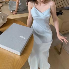 气质法式复古吊带裙超仙光泽雪纺连衣裙