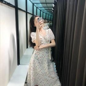 小清新碎花夏季法式复古甜美碎花显瘦收腰桔梗连衣裙