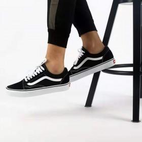 经典男女低帮板鞋帆布鞋潮流时尚百搭韩港风网红休闲鞋