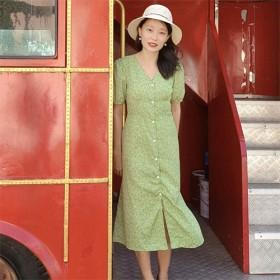 绿色碎花V领连衣裙森系复古温柔风茶歇长裙气质收腰
