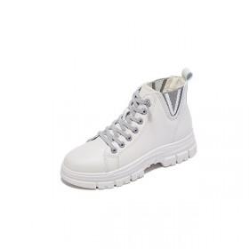英伦风内增高女鞋2021年新款百搭秋冬厚底白色短靴