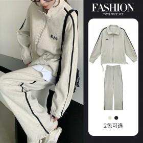 早秋2021年秋季休闲套装女韩版学院风宽松卫衣减龄